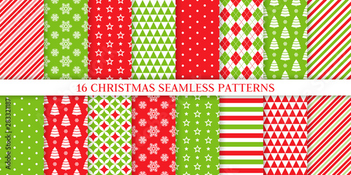 Türaufkleber Künstlich Christmas seamless pattern. Xmas, New year background. Vector. Endless texture with polka dot, candy cane stripe, snow, tree, star. Holiday print for wrapping paper web textile. Red green illustration