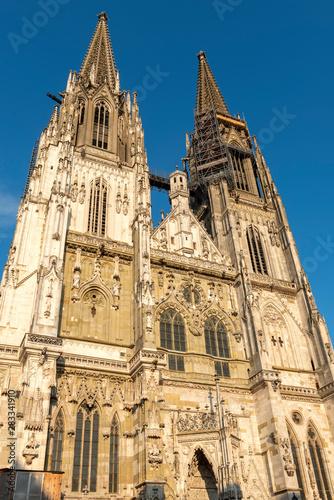 Fassade des Doms St. Peter in Regensburg