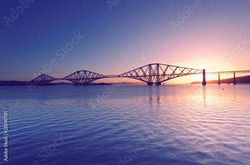 Poster Rose clair / pale Firth of Forth with Forth Bridge at sunrise near Edinburgh, Scotland