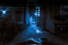 Dark And Scary Vintage Cobbles...
