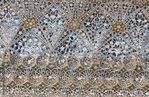 Decoration detail at Sheesh Mahal palace, Hall of Mirrors in Amber Fort, Rajasth Canvas-taulu