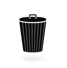 Trash Can Icon. Black Line Iso...