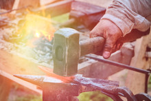 Create Craft Weapons In Vintag...