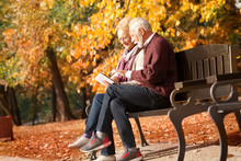 Elderly People Lifestyles And Communication Technology