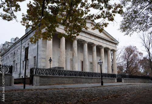 Foto op Plexiglas Historisch geb. Historical Second Bank of the US in Greek revival style 1800s Philadelphia