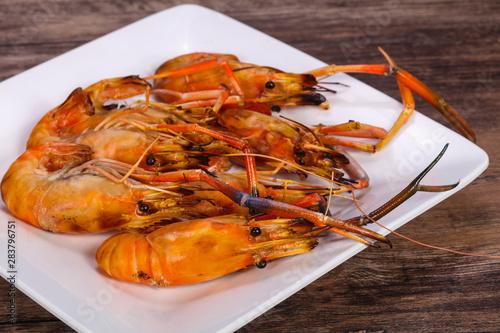 Obraz na plátně  Grilled water prawn in the plate