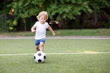 Little Football Player: Blonde...