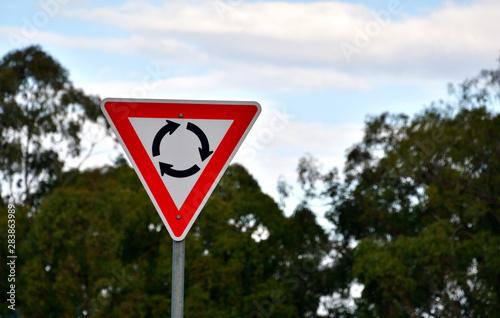 Fototapeta オーストラリアのラウンドアバウト標識