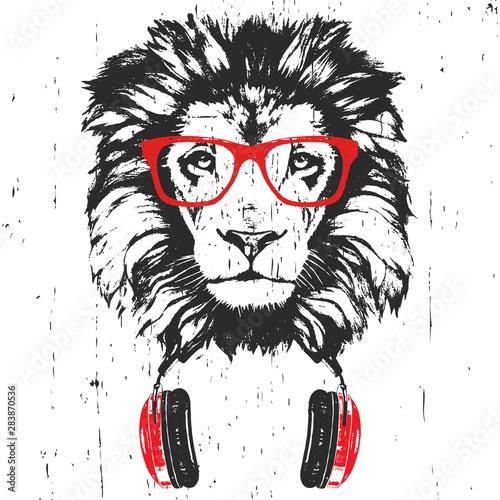 Photo sur Toile Croquis dessinés à la main des animaux Portrait of Lion with glasses and headphones. Hand-drawn illustration. Vector