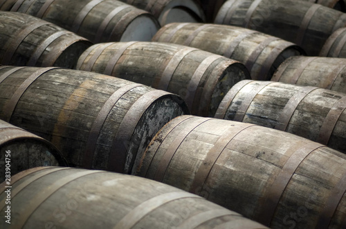 Fotografering Oak Barrels at a Scotch Whisky Distillery
