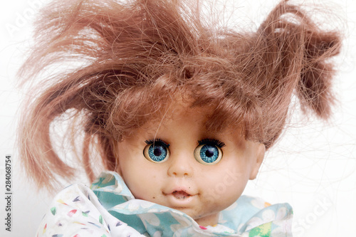Photographie crazy badred  hair doll close up