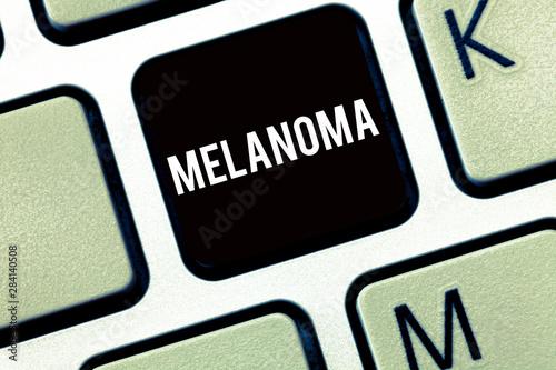 Fényképezés  Text sign showing Melanoma