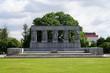 Ehrenmal für die Opfer der Blockade Leningrads auf dem Seraphim-Friedhof in Sankt Petersburg