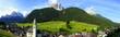 weites Panorama auf die Landschaft in Sexten in den Dolomiten