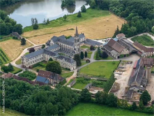 vue aérienne de l'abbaye de Soligny-la-Trappe dans l'Orne en France Wallpaper Mural