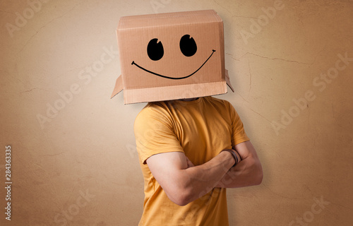 Canvastavla Man with cardboard box head