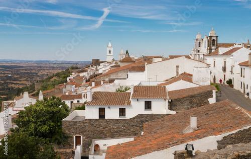 Vista general del Pueblo de Monsaraz en la región de Alentejo, Portugal