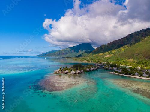 Obraz Intercontinental Moorea Resort. Moorea, French Polynesia. - fototapety do salonu