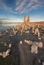 Tufas At Sunset On Mono Lake W...