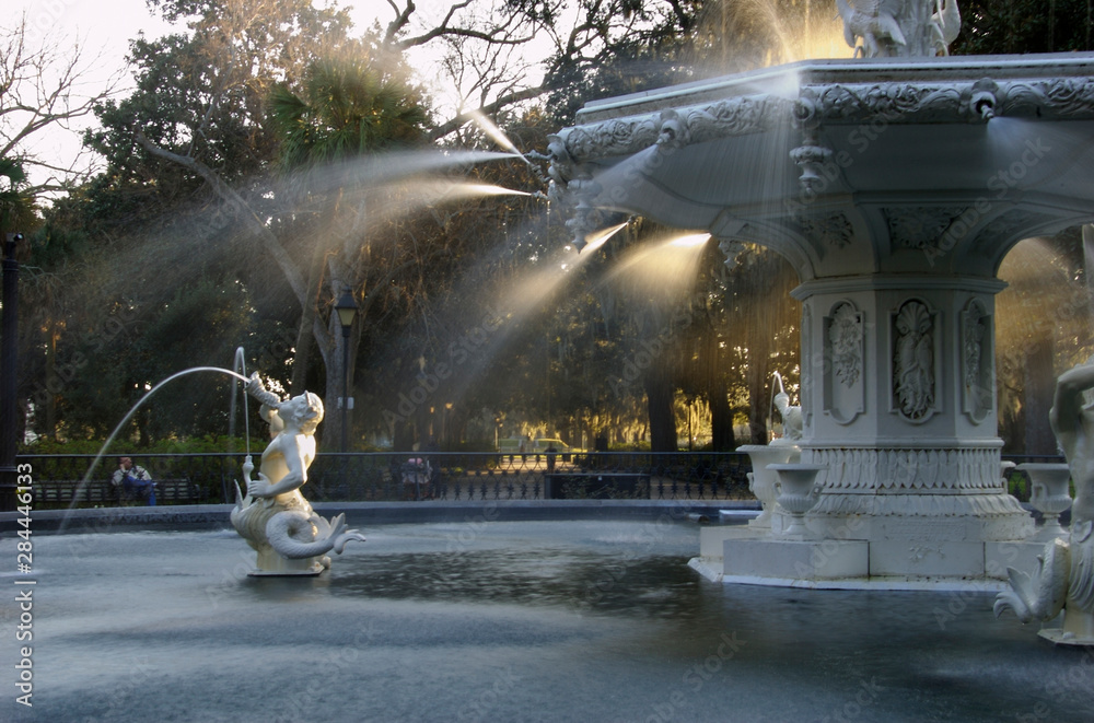 Fototapeta USA, Georgia, Savannah, historic district, Forsyth Park, fountain