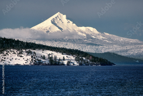 USA, Oregon, Mt McLoughlin. Fresh snow covers Mt McLoughlin as seen from Upper Klamath Lake in southern Oregon.
