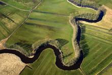 Flusslauf Der Schwinge Bei Stade In Niedersachsen