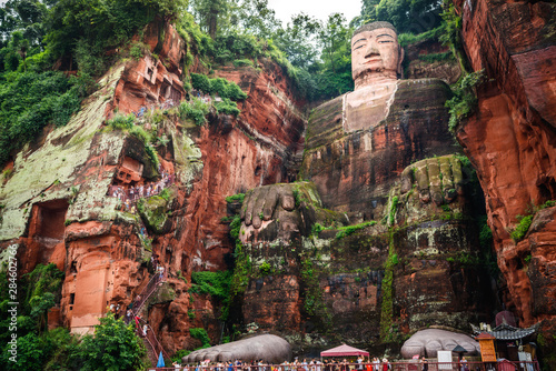 Papiers peints Buddha Full view of the Leshan Giant Buddha or Dafo from river boat in Leshan China