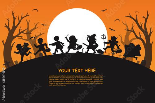 Spoed Fotobehang Halloween Happy Halloween. Children dressed in Halloween fancy dress to go Trick or Treating.Template for advertising brochure.