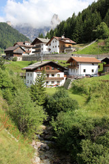 Fototapeta na wymiar Selva di Val Gardena Dolomites Italie