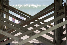 Wooden Support Cross Planks Un...