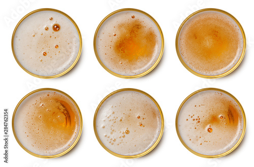 Photo sur Toile Biere, Cidre beer bubbles in glass cup on white background. top view collection beer bubbles isolated on white background.