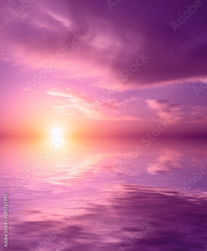 Fotobehang Candy roze Beautiful pink sea sunset.