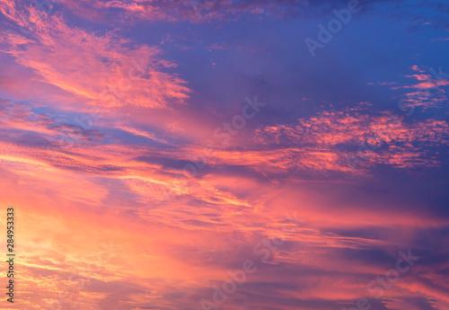 Foto auf Leinwand Koralle Horizon explosion and blue