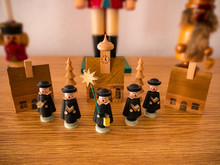 Traditional Christmas Wooden F...