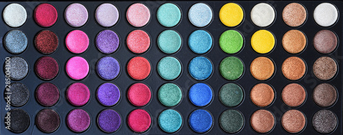 Fotografia collection of make up and cosmetic beauty products arranged