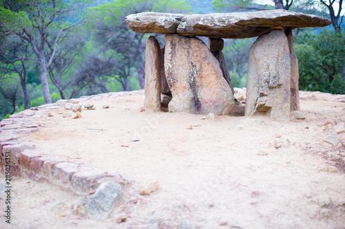 Valokuvatapetti ancient sacral Dolmen Pedra Gentil