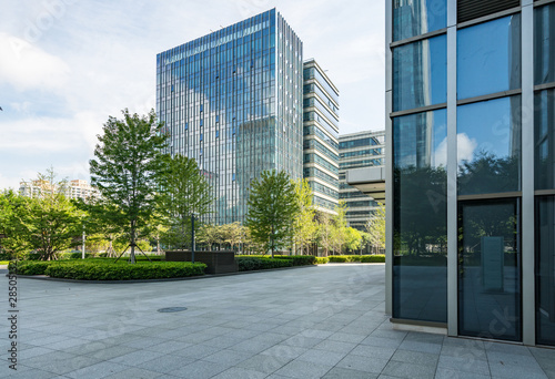 Obraz Empty floors and office buildings in the financial center, Qingdao, China - fototapety do salonu
