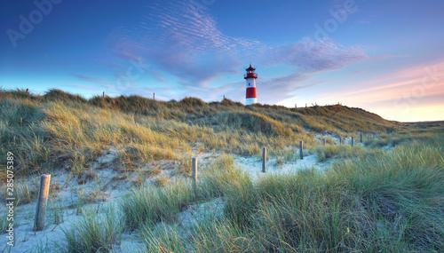 Spoed Fotobehang Noordzee Leuchtturm auf der Insel