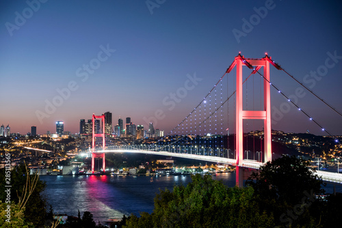 Fotografering Istanbul bosphorus bridge at night