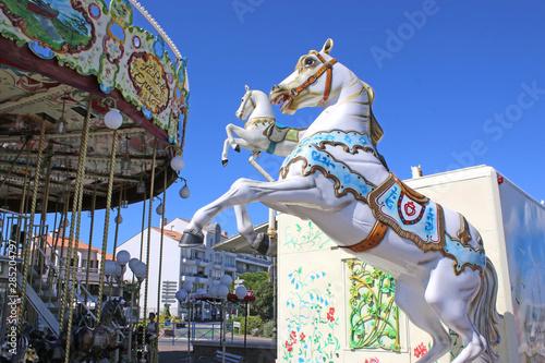 traditional merry-go-round carousel Fototapet