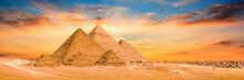 Panorama Der Großen Pyramiden...