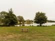 Calme, tranquilité et douceur autour du petit lac de la commune de Servant du pays de Combrailles dans le Puy-de-Dôme.