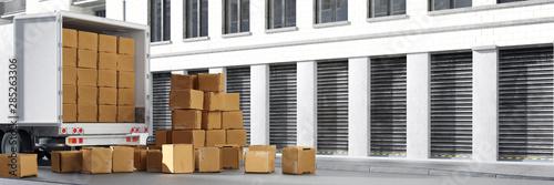 Photo LKW von Spedition oder Umzugsfirma mit Kartons