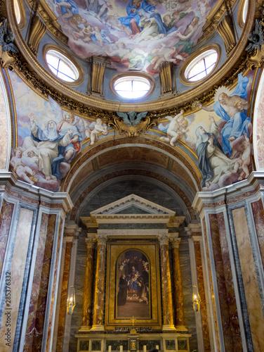 Altar and dome at San Luigi dei Francesi church in Rome, 2019. Tableau sur Toile