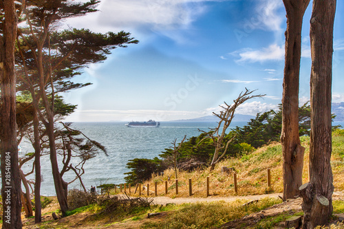 Photo  Lands End
