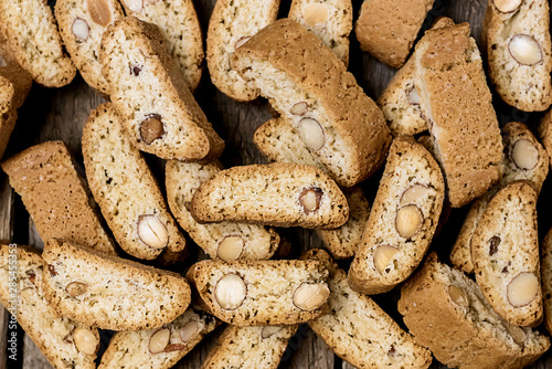 Cuadros en Lienzo  Homemade Biscotti on Wooden Background Italian Almond Sweets Biscuits Cookies To