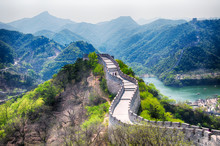 Great Wall Of China Lakeside H...