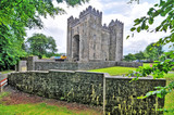 Fototapeta Kamienie - Bunratty Castle  - a large 15th-century tower house in County Clare, Ireland