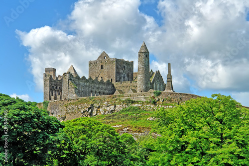 Fotomural The Rock of Cashel  - a historic site located at Cashel, Ireland.