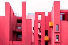 La Muralla Roja Building By Mo...
